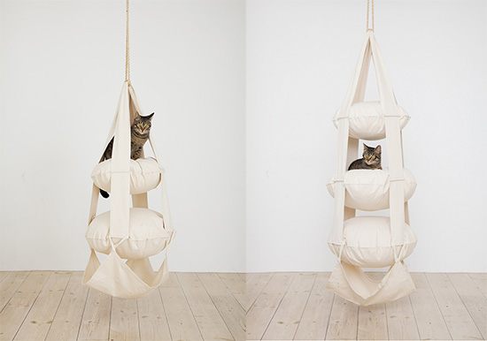 The Cat's Trapeze, two and three tier